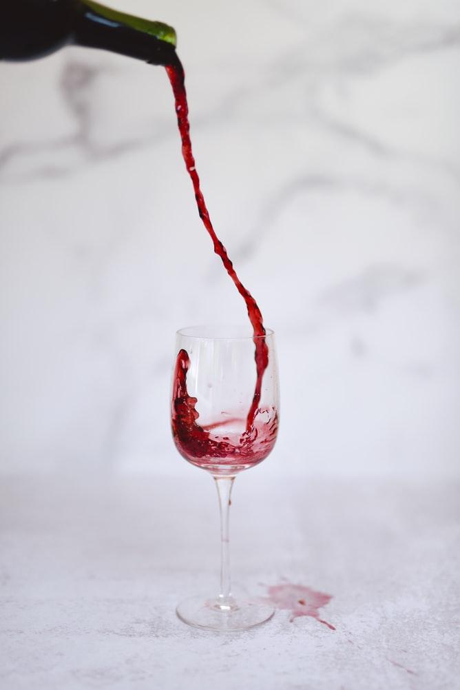 merlot-wine-spill-for-oenomancy-wine-divination